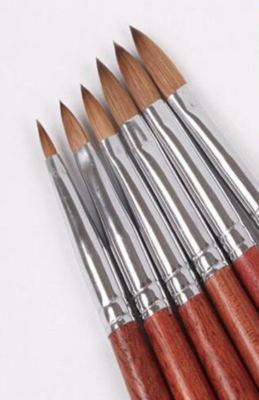 Acrylpenseel  100% Kolinsky handvat hout maat 2